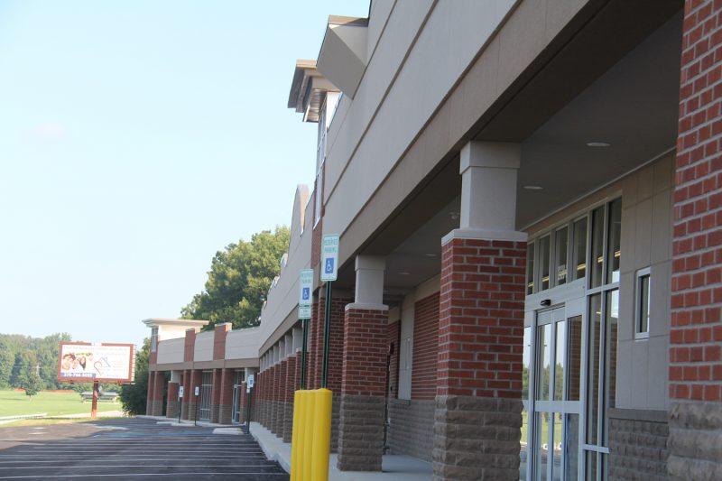 Brandenburg Retail Center